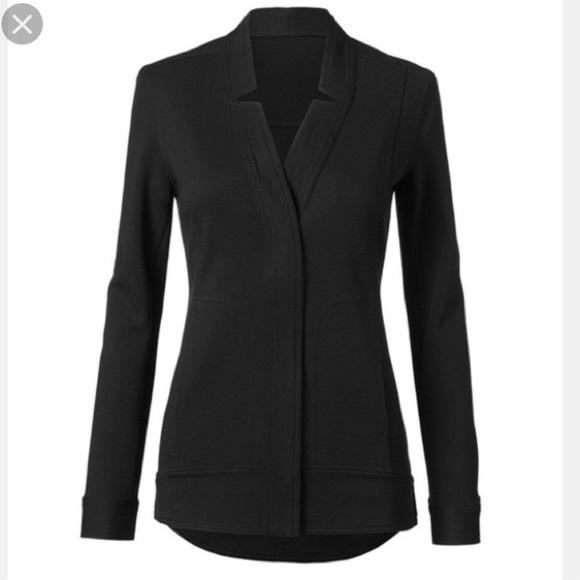 CAbi Jackets & Blazers - CAbi #5480 Black Center Jacket Small Spring 2019